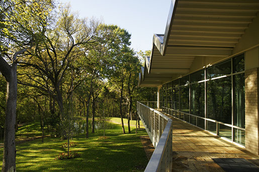 environmental-science-building-dallas-texas_5765147950_o-1920x1280